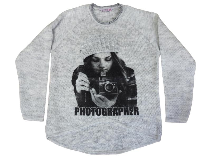 8220 photographer printed Sweater 10-12-14 age